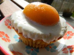 apricot cupcakes