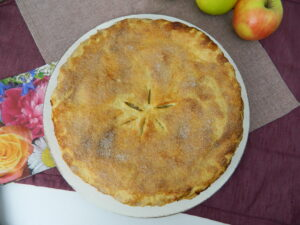 Juicy Apple Pie with Pecan Streusel